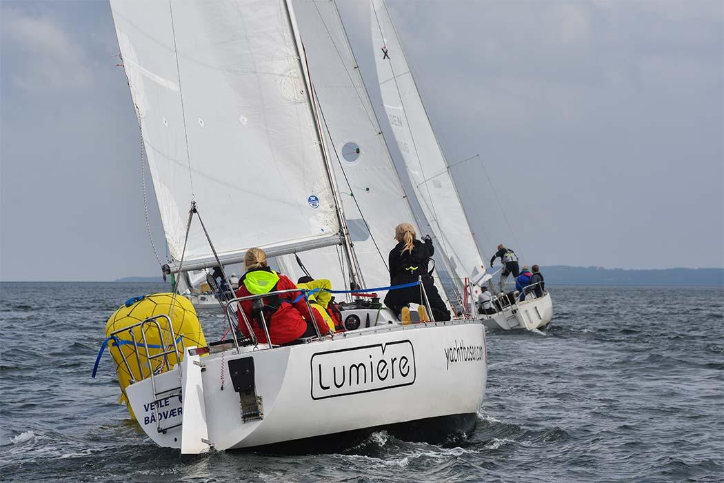 Befarne sejlerskole-elever til kapsejlads